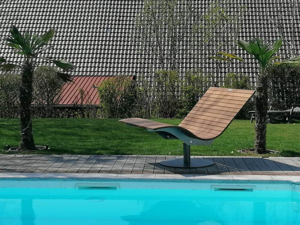 SoleilLounger Gartenliege am Pool ohne Kissen