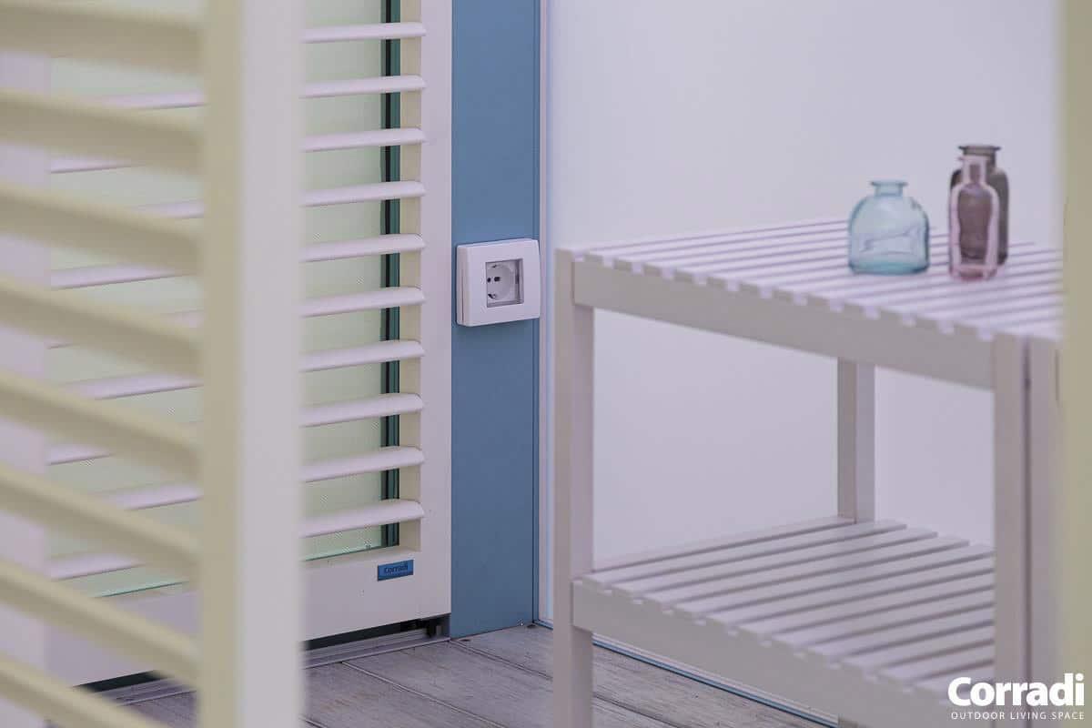 Bioclimatics Imago Pergola mit Steckdose