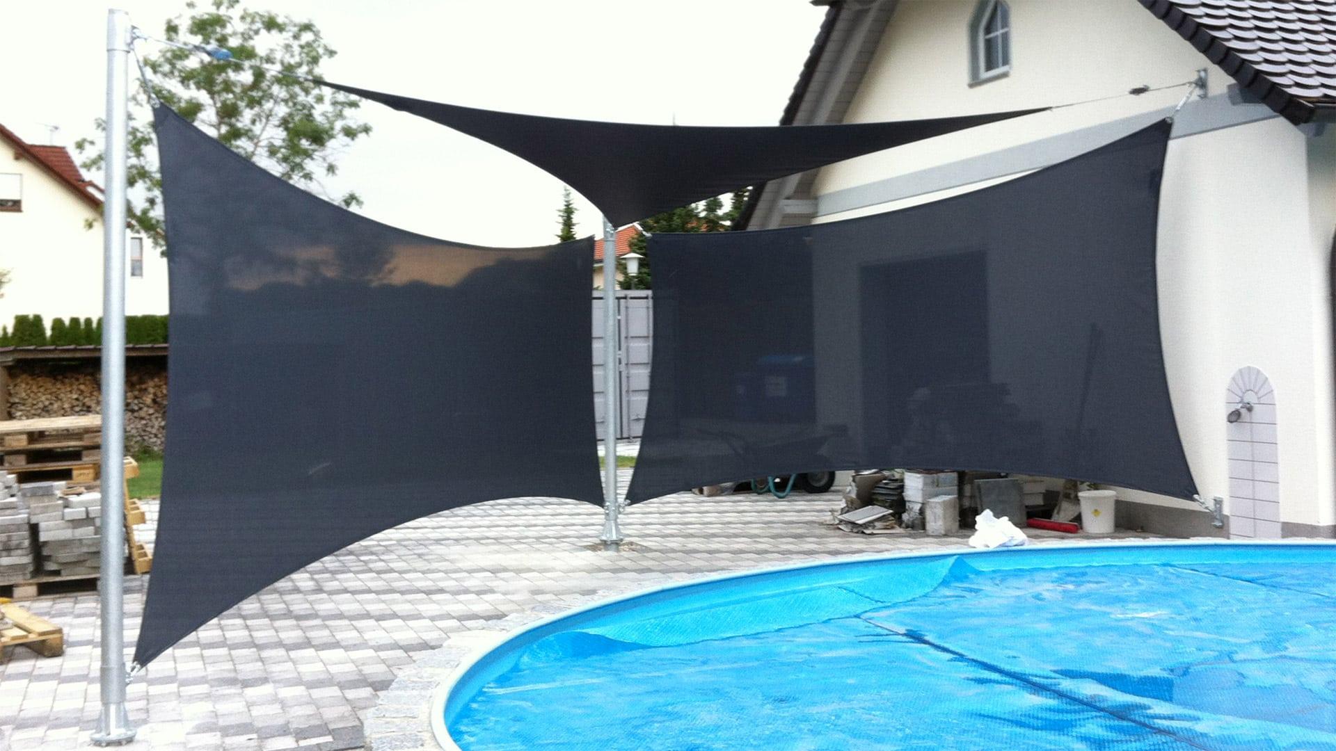 Sonnensegel als Saisonsegel als Sonnenschutz und Sichtschutz am Pool